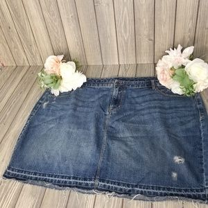 Low Rise Waist Size 22 Jean Skirt Distressed Fray